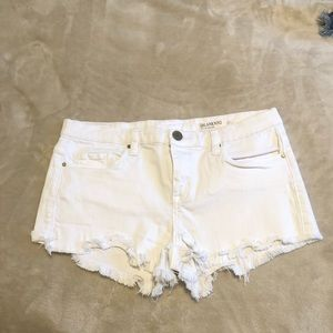 Blank nyc little queenie shorts size 27